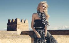 Skirt  Prices: SE 299 / NO 299 / FI 29,95  EE 459 / LV 19,95 / LT 99 / CZ 799 / RU 1399